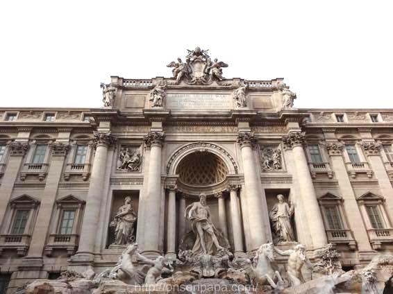 トレヴィの泉 ローマ 新婚旅行 01821