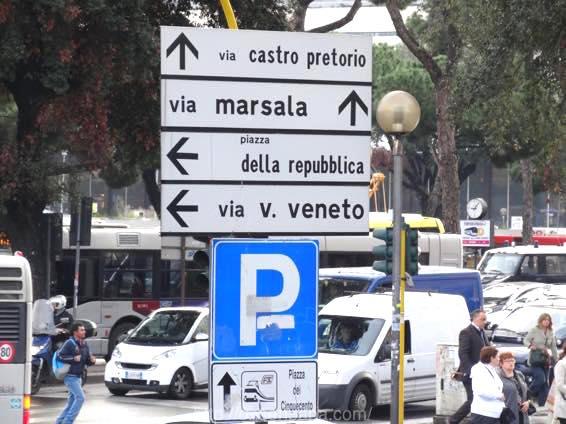 ローマ コロッセオ  2004