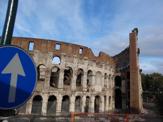 ローマ コロッセオ  2125
