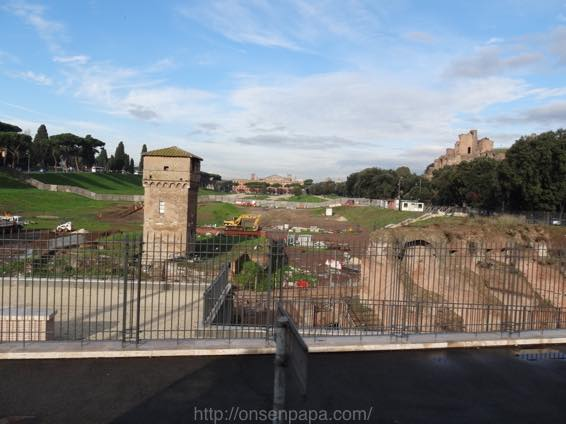 ローマ コロッセオ  2143