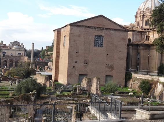 ローマ コロッセオ  2105