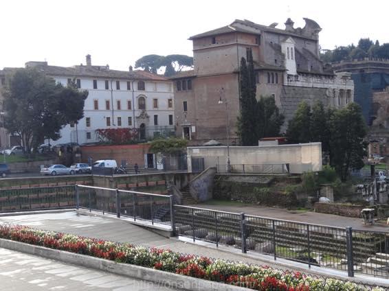 ローマ コロッセオ  2106