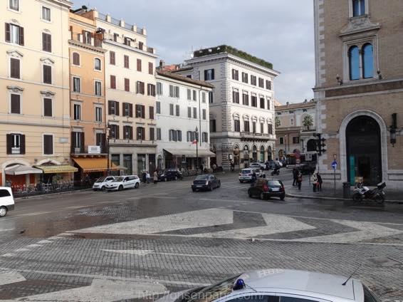 ローマ コロッセオ  2200