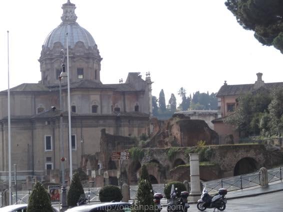 ローマ コロッセオ  2098