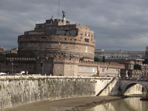 ローマ コロッセオ  2248