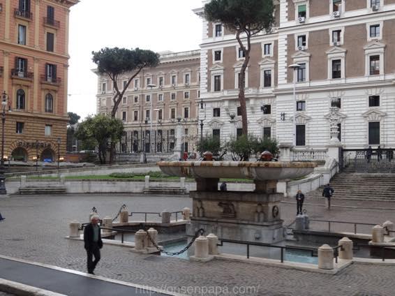 ローマ コロッセオ  2033