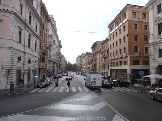 ローマ コロッセオ  2048