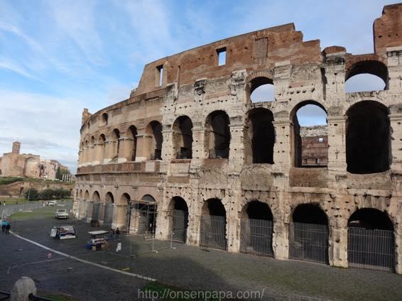 ローマ コロッセオ  2128