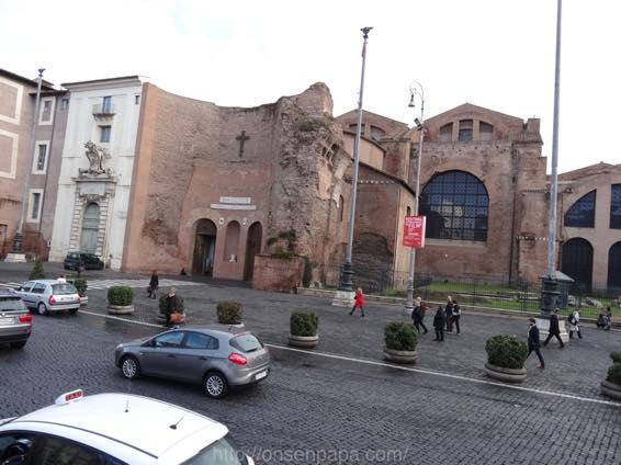 ローマ コロッセオ  2015
