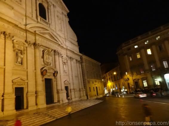 ローマ バス 夜 DSC02778 1024
