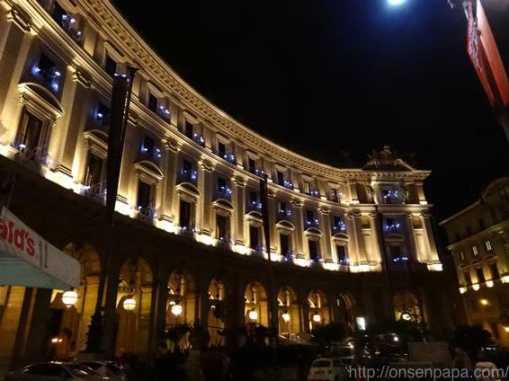 ローマ バス 夜 DSC02870 1024