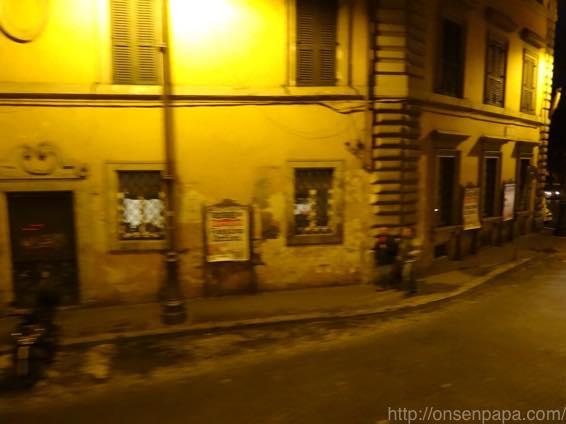 ローマ バス 夜 DSC02773 1024
