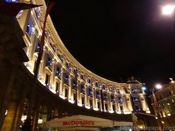 ローマ バス 夜 DSC02868 1024
