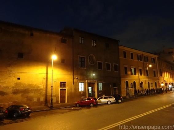 ローマ バス 夜 DSC02766 1024