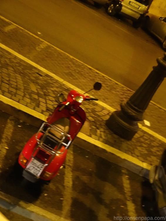 ローマ バス 夜 DSC02863 1024