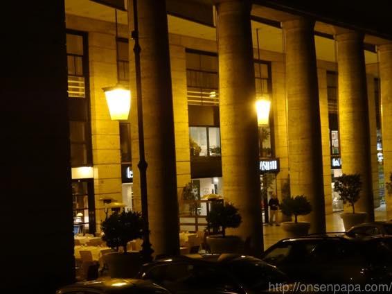 ローマ バス 夜 DSC02838 1024